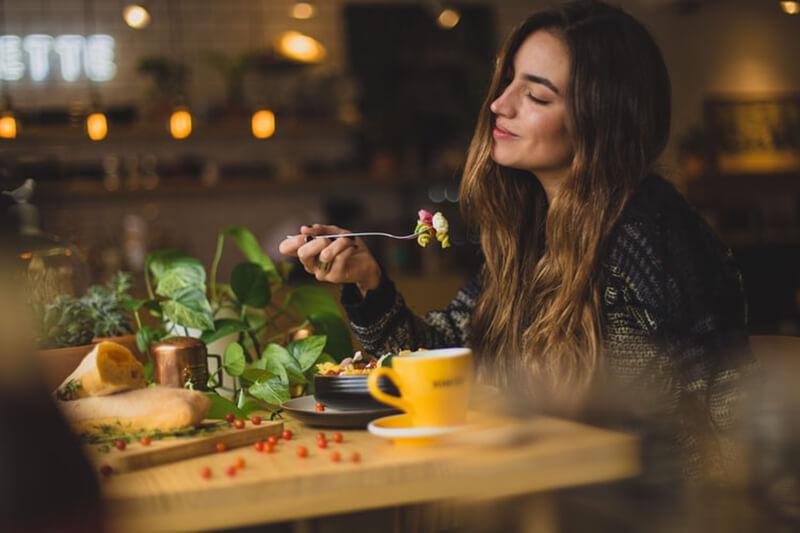 ăn uống không khoa học